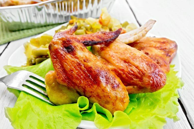Крцкави крилца печени во рерна